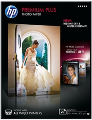 HP Premium Plus Glossy Photo Paper CR676A