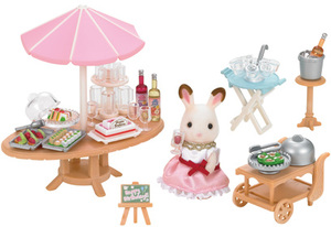 Sylvanian Families Seaside Birthday Party 5207A1