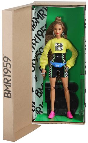 Barbie BMR1959 Radlerhose Sweatshirt, Puppe mit geflochtenem Haar, ab 6 Jahren