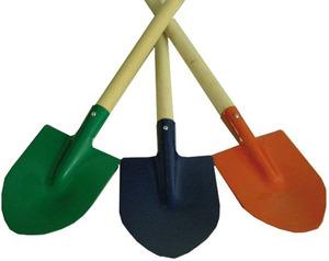 Beluga Spaten Metall, 3-fach (eines wird geliefert ass. Länge 73 cm, mit Holzstiel, in 3 Farben rot, blau, grün 71210091