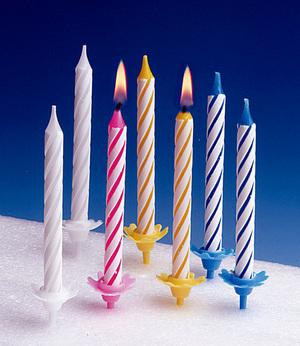 TIB Heyne Geburtstagskerze mit Halter 24 Kerzen, 12 Halter, Farben assortiert 88511011