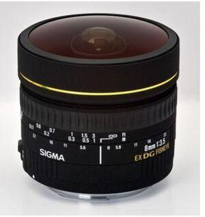 SIGMA 8mm / f 3.5 EX DG Fisheye CA SIGMA;2000