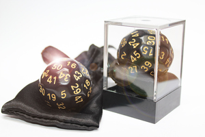 EDCConcept Dice-Up D50 in Acrylbox + Satinbag - Black/Gold DIC85995