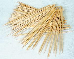 100 Grillspiesschen aus Holz, in Schachtel 72811646